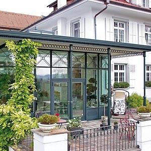 orangerie in der schweiz schubert wintergartenmanufaktur. Black Bedroom Furniture Sets. Home Design Ideas